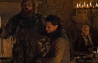 HBO'dan Game of Thrones Dizisinde Gözüken Starbucks...