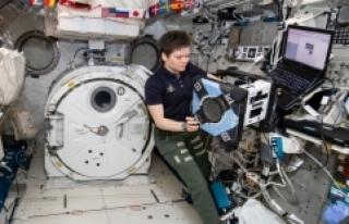 NASA, ISS'deki Astrobee Robotu Bumble'ın...