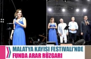 Malatya Kayısı Festivali'nde Funda Arar Rüzgarı