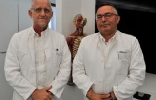 Almanya'da Türk doktor ve ekibinden kanserle...