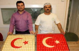 Baklava Ustalarından Mehmetçik'e 'Ay Yıldızlı'...