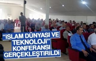 """""""İslam Dünyası ve Teknoloji"""" Konferansı Gerçekleştirildi"""