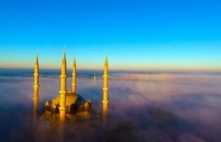 Selimiye Camii'nde sis manzarası