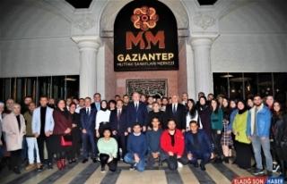 Büyükşehir Belediye Başkanı Fatma Şahin üniversite...