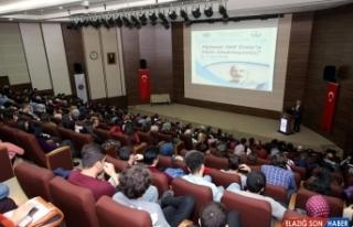 Milli şair Mehmet Akif Ersoy anıldı