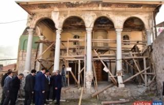 Soma'daki ecdat yadigarı eserler onarılıyor