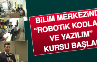 """Bilim Merkezinde, """"Robotik Kodlama Ve Yazılım""""..."""