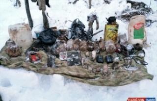 Bitlis'te PKK'lı teröristlerin kullandığı sığınak...