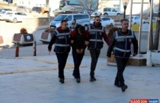Elazığ'da gözaltına alınan kapkaç zanlısı...