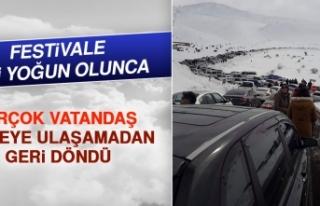 Festivale İlgi Yoğun Olunca Uzun Araç Kuyrukları...