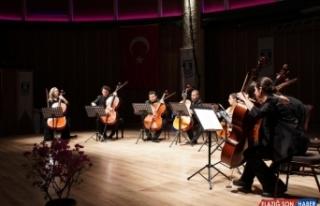 Bodrum'da 8 Viyolonsel Ve Klasik'ten Tango'ya...