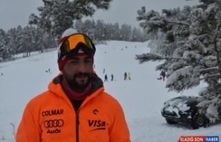 Kar yağışı Cıbıltepe'deki turizmcilerin yüzünü...
