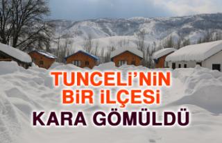 Tunceli'nin Bir İlçesi Kara Gömüldü