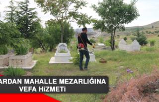 Muhtardan Mahalle Mezarlığına Vefa Hizmeti