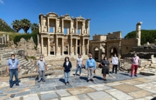 Efes Antik Kenti'nde sosyal mesafeli yeni dönem