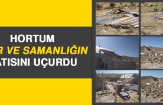 Elazığ'da Hortum Ahır ve Samanlığın Çatısını...