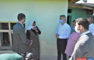 Malatya Valisi Baruş Pütürge'deki depremzedeleri...