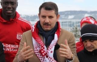 Sivas Valisi Ayhan'dan büyük kültür hizmeti