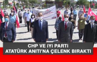 CHP ve İYİ Parti, Atatürk Anıtı'na Çelenk...