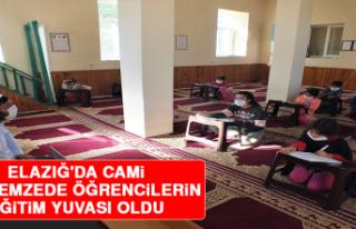 Elazığ'da Cami Depremzede Öğrencilerin Eğitim...