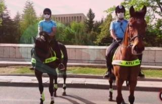 Hem sempatik hem caydırıcı bir ekip: Atlı Polisler