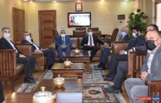 Kuveyt Büyükelçisi Al-Zawawi Rektör Özcoşar...