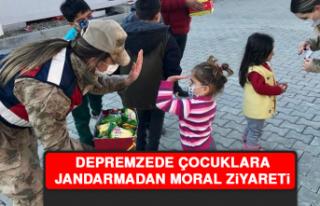 Depremzede Çocuklara Jandarmadan Moral Ziyareti