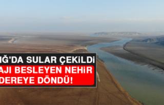 Elazığ'da Sular Çekildi, Barajı Besleyen...