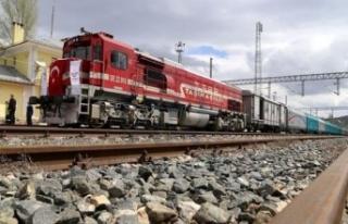 İstanbul-Tahran-İslamabad yük treni yeniden işletmeye...