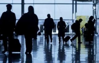 2020'de hava yoluyla yaklaşık 82 milyon yolcuya...