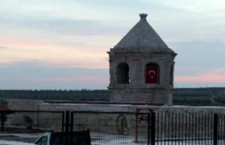 Afrin'deki Ömer Bin Hattab Camii ve Nebi Huri...