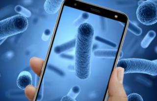 Cep Telefonu Üzerindeki Bakteri Sayısı Klozetten...