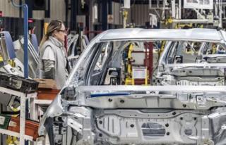 Otomotiv Sanayisinin Üretimi 2020'de Yüzde...