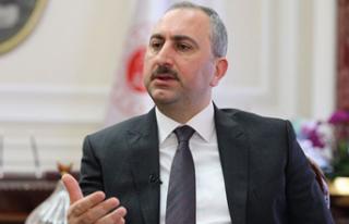 Bakan Gül: Yeni ve sivil bir anayasayı milletimizle...