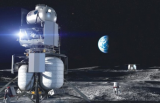 NASA, Astronotları Ay'a İndirecek Kapsül İçin...