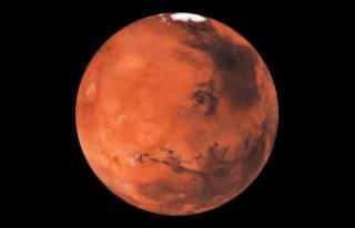 Çin'in Mars gezgininin ilk görüntüleri Dünya'ya...