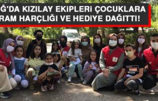Elazığ'da Kızılay Ekipleri Çocuklara Bayram...