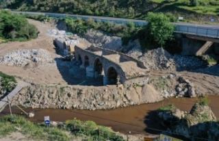 Muğla'daki tarihi Sarıçay Köprüsü restore...