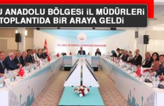 Doğu Anadolu Bölgesi İl Müdürleri Toplantıda...