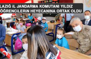 Elazığ İl Jandarma Komutanı Yıldız, Minik Öğrencilerin...