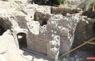387 yıllık Hoca Hasan Hamamında restorasyon çalışmaları...