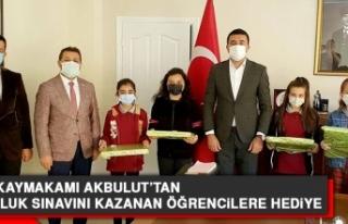 Keban Kaymakamı Akbulut'tan, Bursluluk Sınavını...
