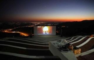 Mardin açık hava sineması yakında izleyicisiyle...