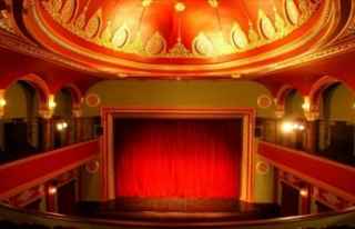"""Özel tiyatrolara """"rekor"""" destek: 13 milyon..."""