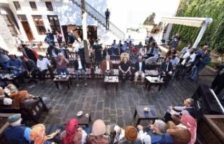 Piyano ile Kürtçe uzun hava Diyarbakır'da buluştu