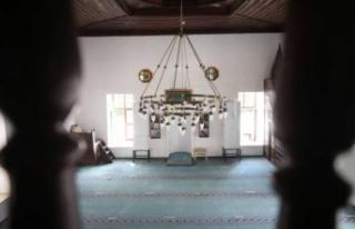 Tarihi camiler yüzyıllardır ayakta