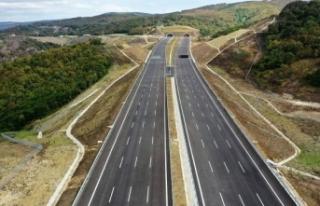 Türkiye'nin yollarına 15 bin kilometre fiber...