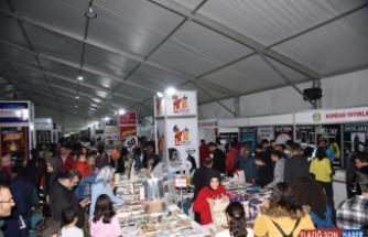 Osmaniye Belediyesi Kitap Fuarı, 105 bin 500 ziyaretçi ağırladı