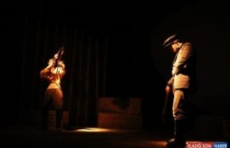 'Pusuda' ve 'Öç' oyunu Van'da sahneleniyor