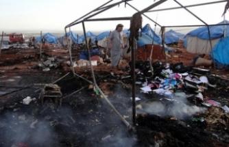 Rus Savaş Uçakları İdlib'de Çadır Kampı Vurdu